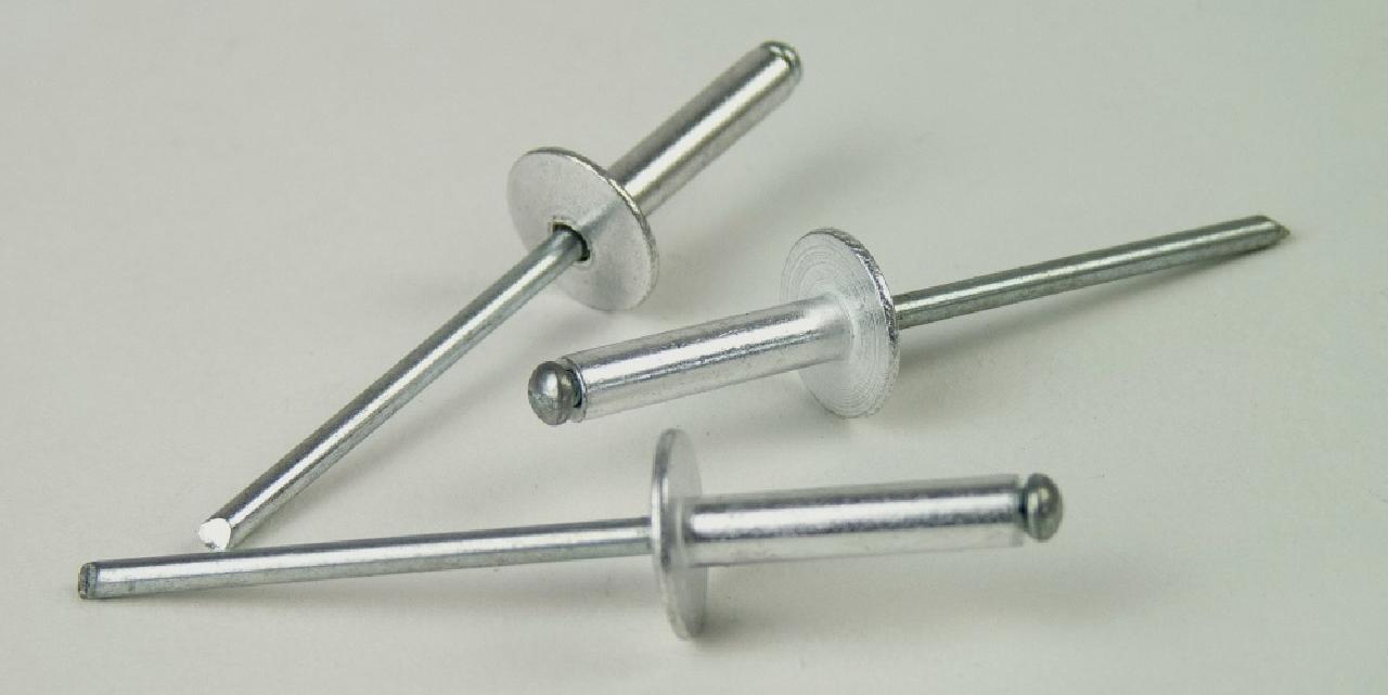 100  Blindnieten 4,8x30 Alu//Stahl Flachkopf  Nieten